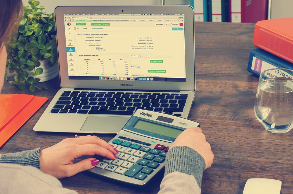 What Is Invoice Financing, and Is It Right for Your Business?